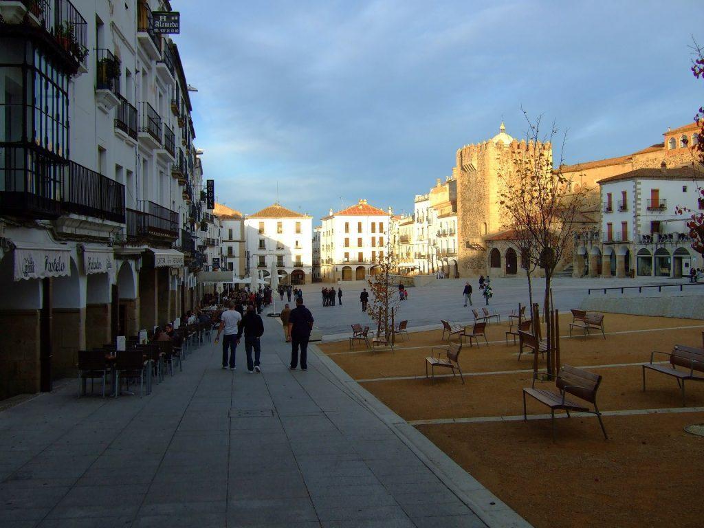 Plaza Cáceres